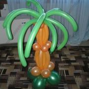 Елка из цветочной сеФигурки из одного шарика